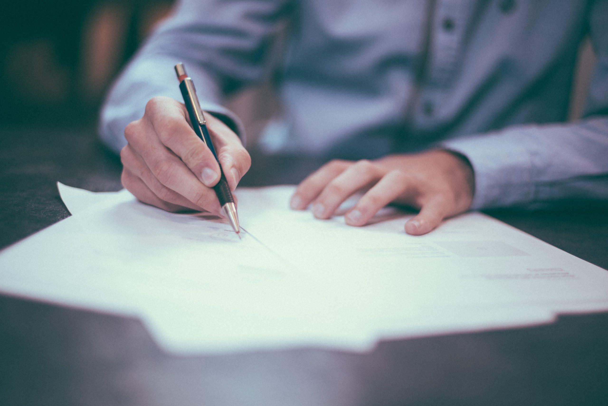 anwalt-recht-versicherungsrecht-versicherung-kuendigen